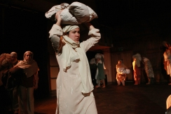 "Alyssa Marie as Kaushalya in ""A Tainted Dawn"" (2010). Photo by Joanna Woodrow"